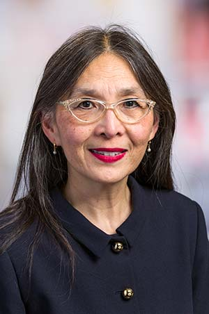 Effie Wang Petersdorf M.D.